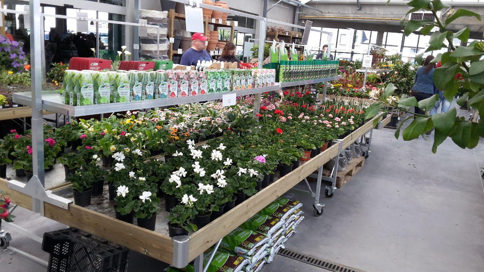 marché aux fleurs - tablar avec portique cross-merch
