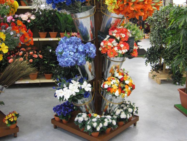 mât fleurs artificielles