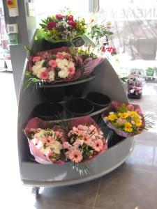 presentoir fleuriste quart de rond incline