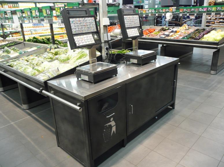 comptoir de pesee avec poubelle glissière découpe laser fruits et légumes