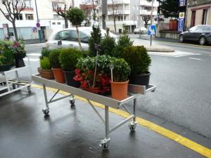 tablar de presentation exterieure pour fleuristerie