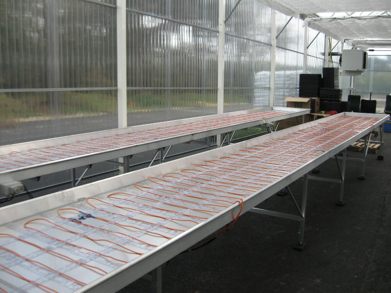 Tables de production fixes gamme jardinerie larbaletier for Agencement jardinerie occasion